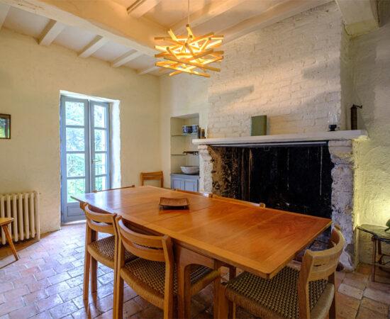 Dining room at Château de Suronde